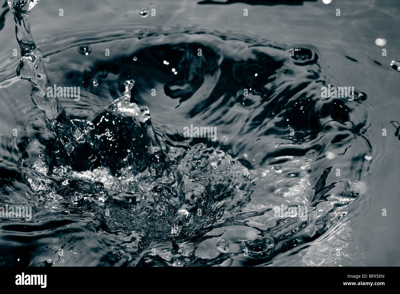 water wave ripple freeze motion circle splashing - Stock Image