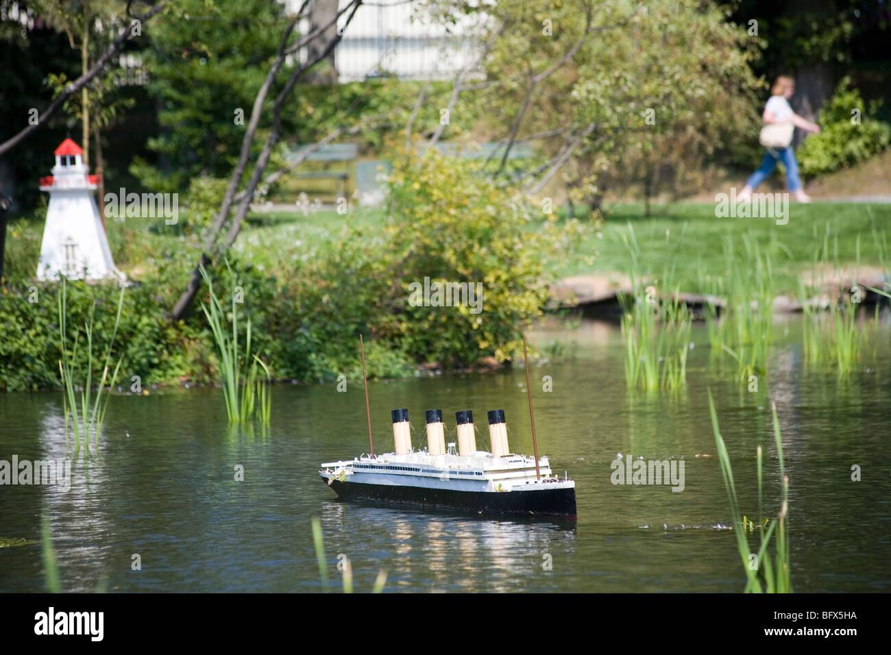 Replica Titanic In A Pond In The Halifax Public Gardens ...