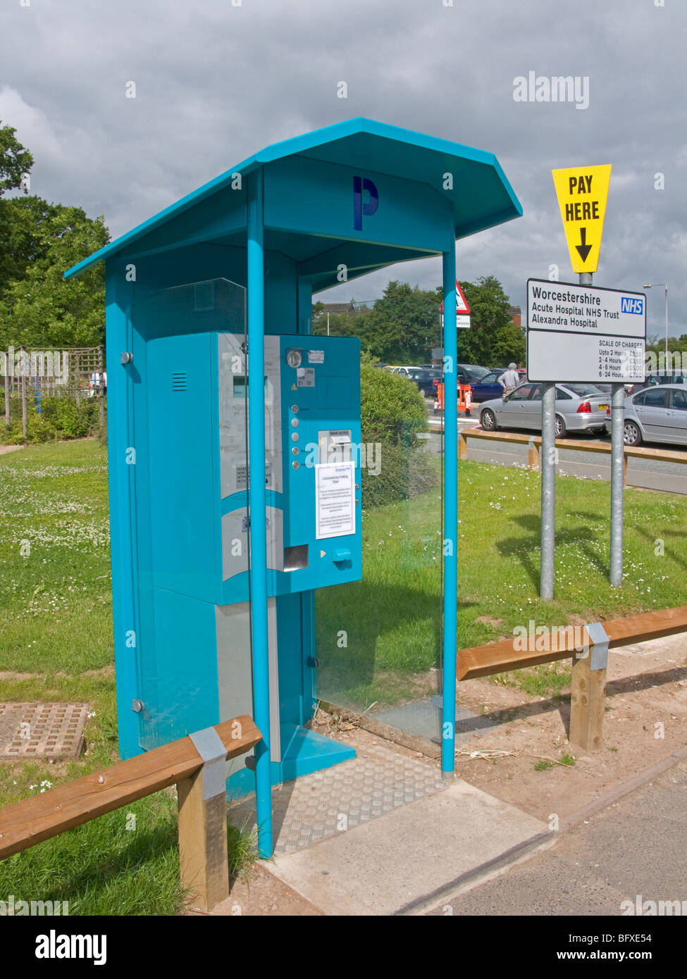 Car parking payment station and charges in 2009 at the Alexandra Hospital, Redditch, Worcestershire, Engalsnd - Stock Image