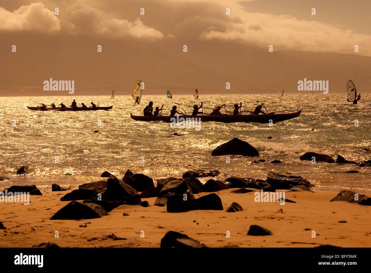 Sunset, Hawaiian outrigger canoe, Kanaha Beach Park, Maui, hawaii - Stock Image