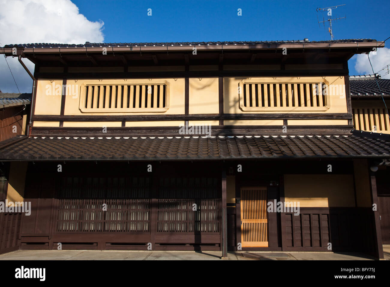 Machiya are traditional wooden townhouses found throughout Japan and typified in the historical capital of Kyoto. - Stock Image