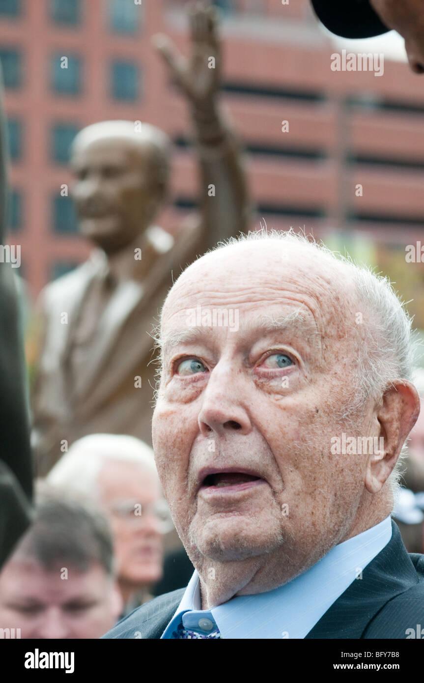 Unveiling of William Donald Schaefer Sculpture at Baltimore Inner Harbor Stock Photo