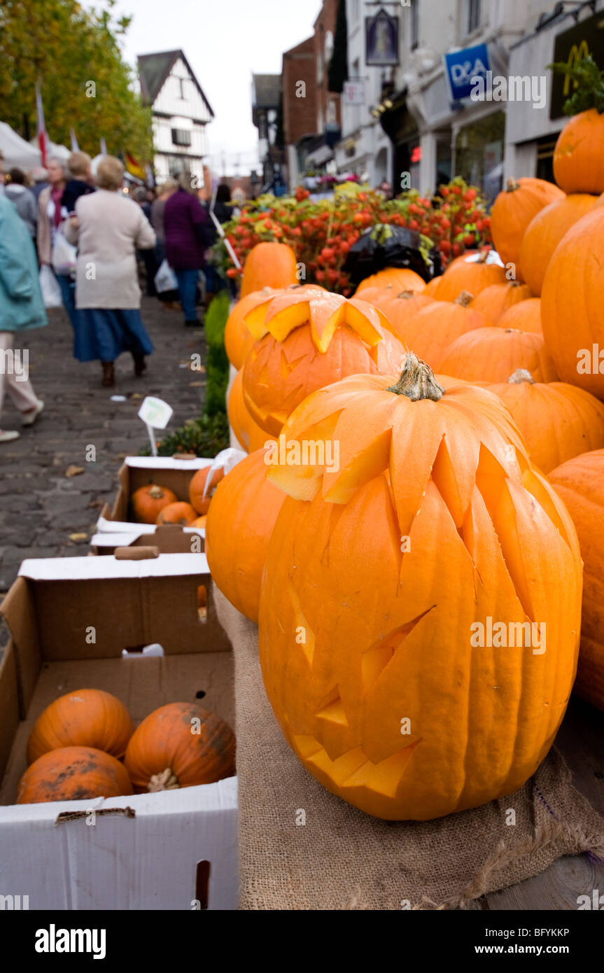 Pumpkins on sale for Halloween in Chesterfield Derbyshire East Midlands England - Stock Image