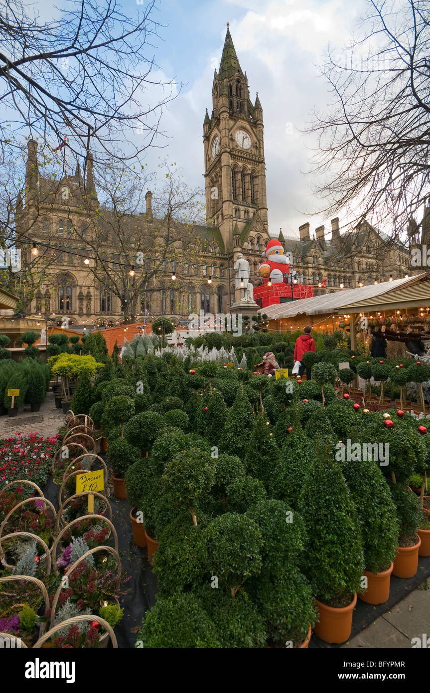 German Market Christmas, Manchester Town Hall Albert Square Greater Manchester England - Stock Image