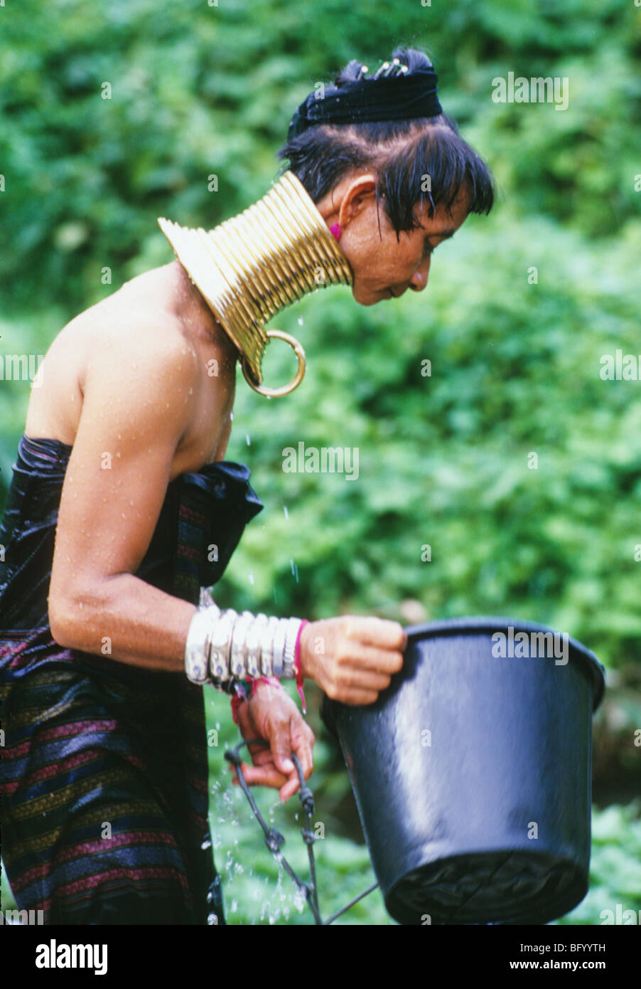 A Burmese refugee long neck woman of the Pa Dong tribe living in the village of Nai Soi near Mae Hong Son Thailand - Stock Image