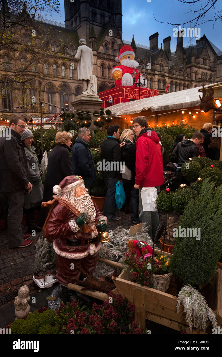 UK, England, Manchester, Albert Square, Continental Christmas Market in front of Town Hall Stock Photo