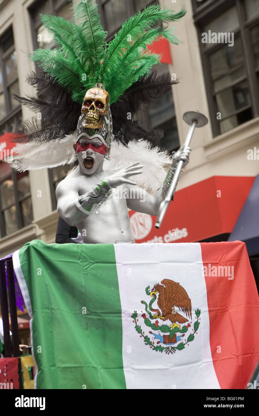 2009: Hispanic Day Parade in NYC where thousands celebrate the culture of their home countries. - Stock Image