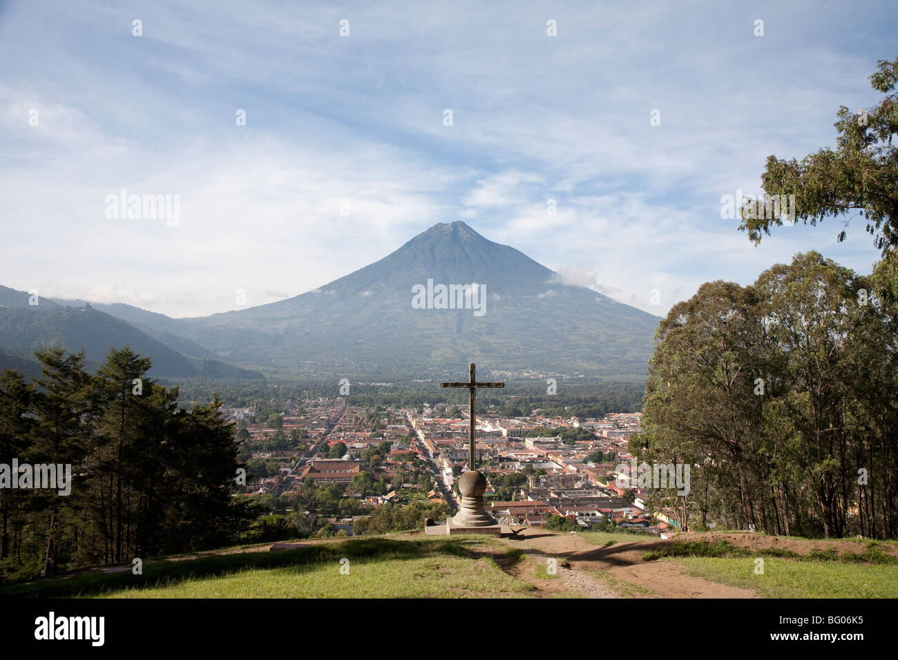 Volcan Agua and the landmark Cerro de la Cruz viewpoint and view over Antigua Guatemala. - Stock Image