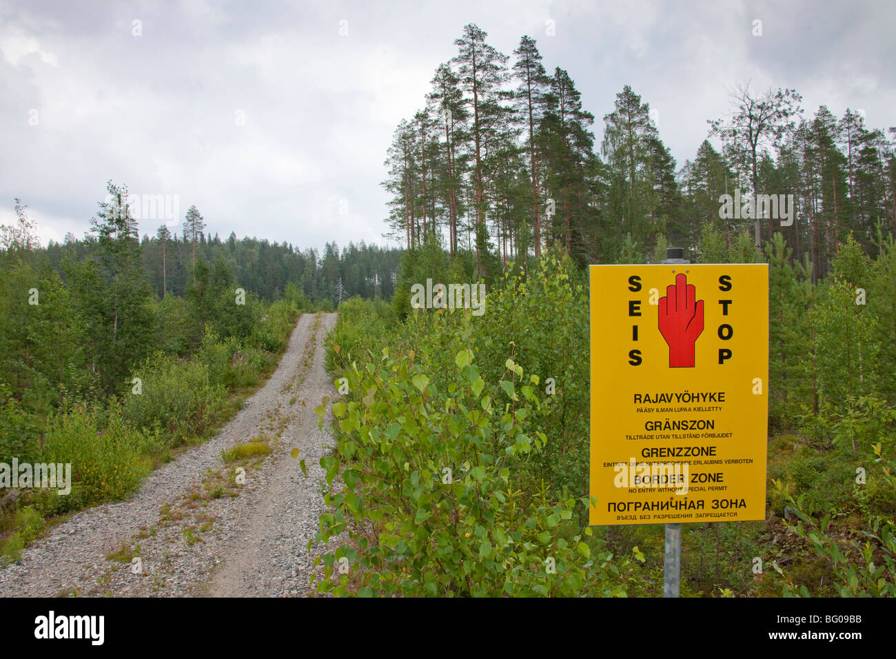 Boundary sign between the borders of Finland and Russia in Karelia. - Stock Image