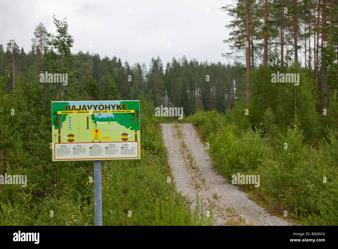 Boundary sign between the borders of Finland and Russia in Karelia - Stock Image