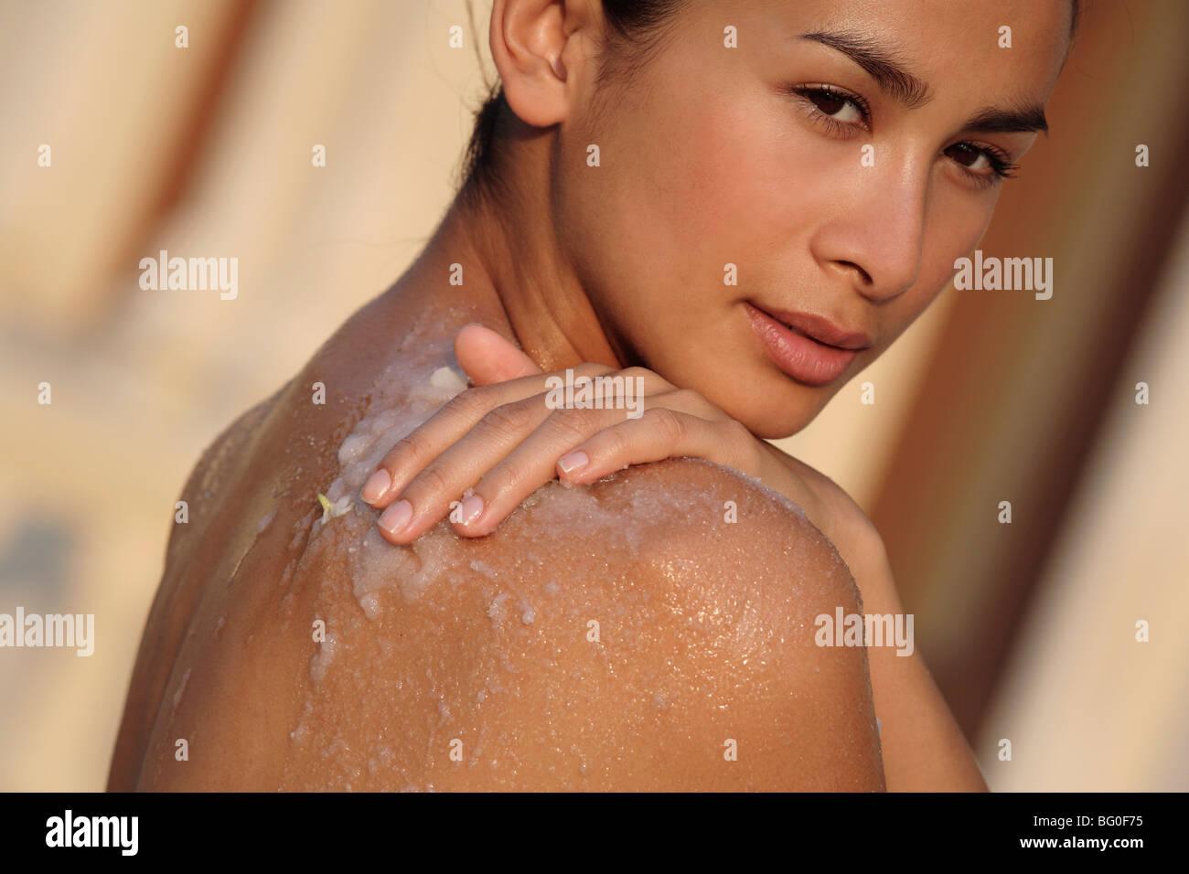 Jasmine scrub at Ananda Spa, Ananda in the Himalayas, India, Asia - Stock Image