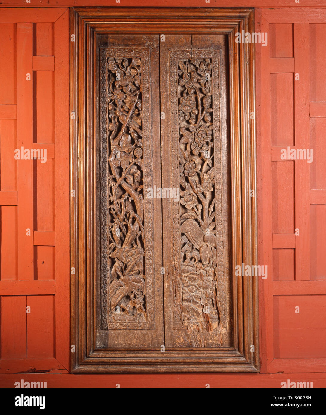 Detail of solid teak doors, Jim Thompson's House, Bangkok, Thailand, Southeast Asia, Asia - Stock Image
