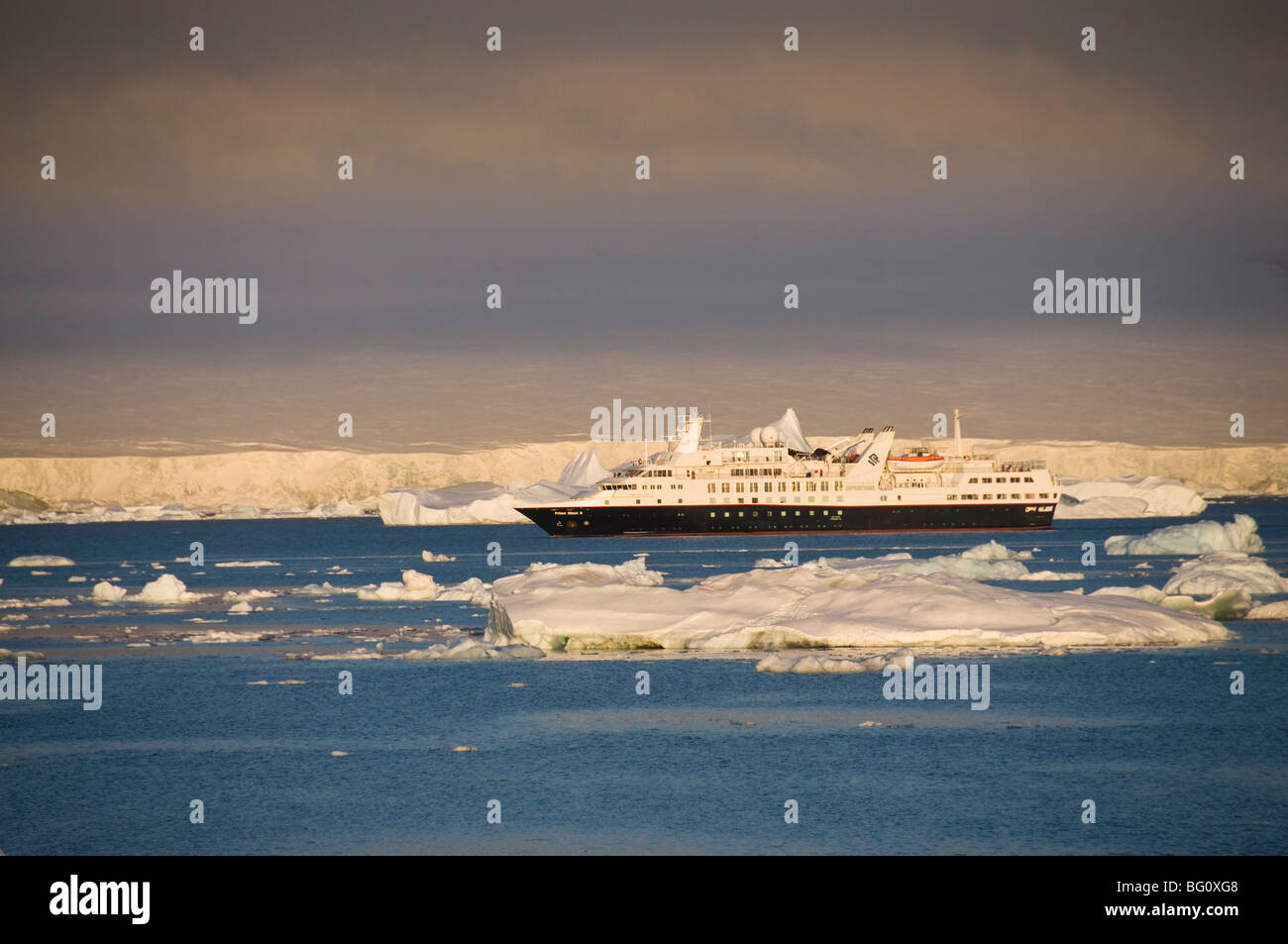 Ice in the Antarctic Sound, The Antarctic Peninsula, Antarctica, Polar Regions - Stock Image