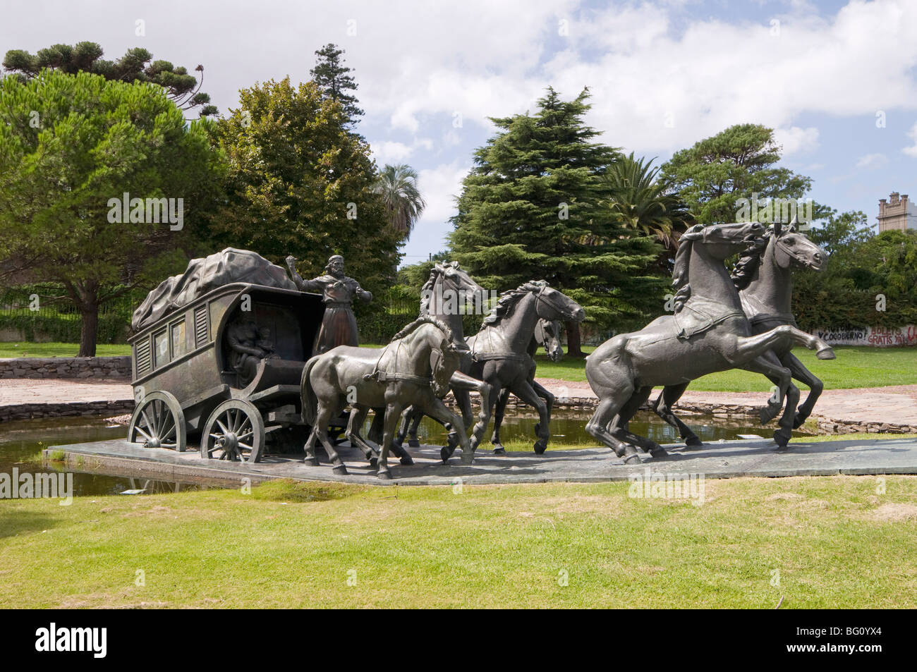 La Diligencia by Jose Belloni, a bronze statue of a stage coach and horses, Montevideo, Uruguay, South America - Stock Image