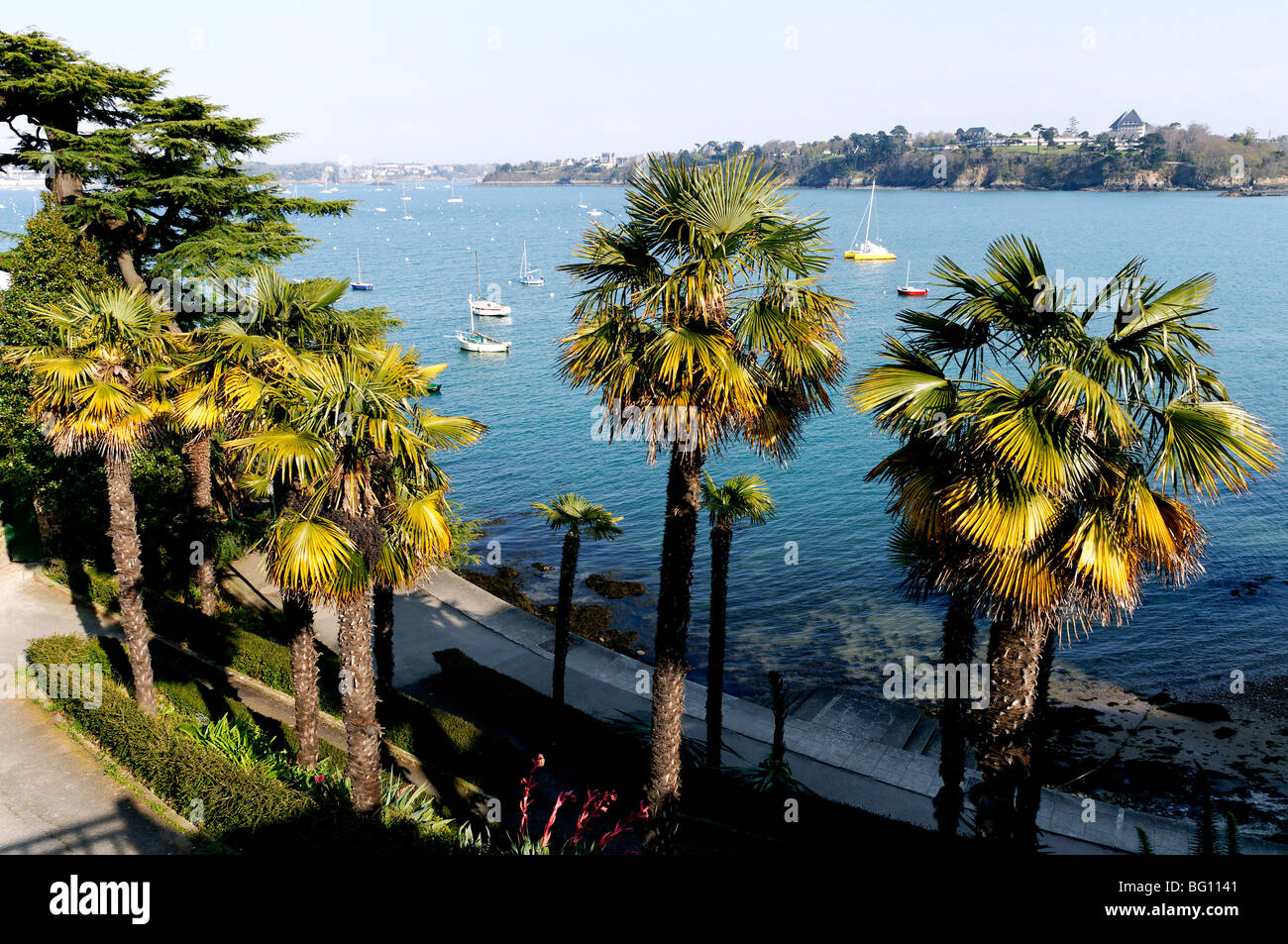 Promenade du Clair de Lune (Moonshine Walk) seen from above, Dinard, Brittany, France, Europe - Stock Image