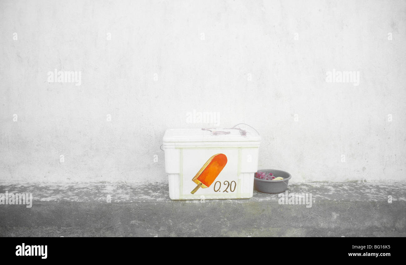 A vendors ice chest of popsicles, Santiago Atitlan, Guatemala - Stock Image