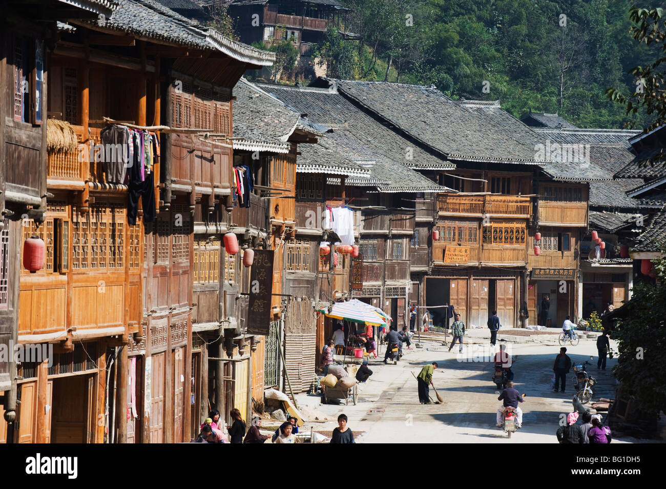 Traditional wooden houses in Zhaoxing Dong ethnic village, Guizhou Province, China, Asia Stock Photo
