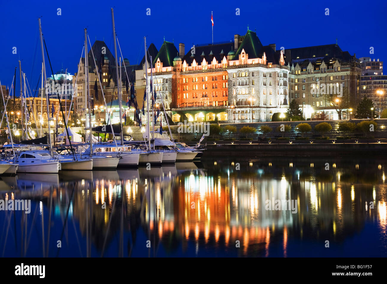 Fairmont Empress Hotel, James Bay Inner Harbour, Victoria, Vancouver Island, British Columbia, Canada, North America - Stock Image