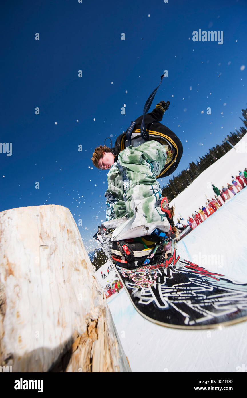 Snowboarder jumping, Telus Half Pipe competition 2009, Whistler mountain, 2010 Winter Olympics venue, British Columbia, - Stock Image