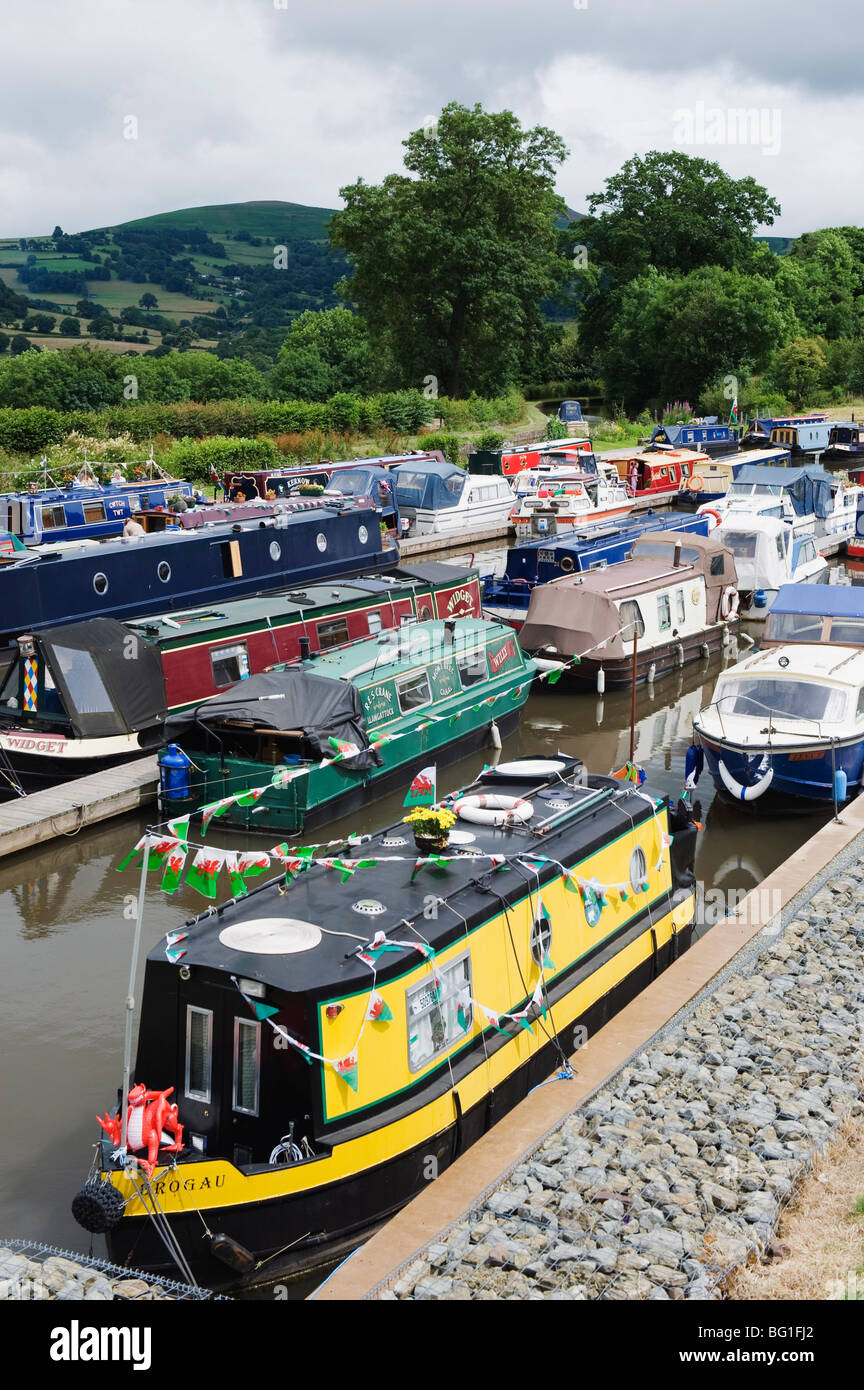 Colourful canal boats, Crickhowell, Gwent, Wales, United Kingdom, Europe - Stock Image