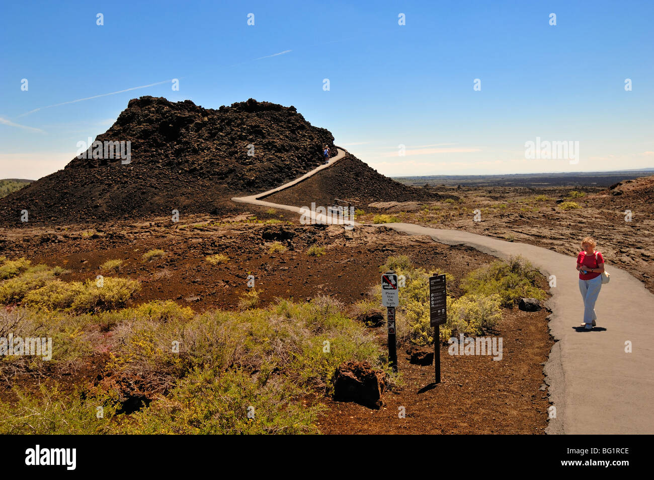 Visitor at Craters of the Moon National Monument, Idaho, USA. - Stock Image