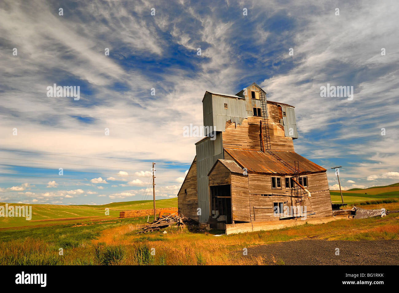 Agricultural old building in the Palouse region of Washington State, USA - Stock Image