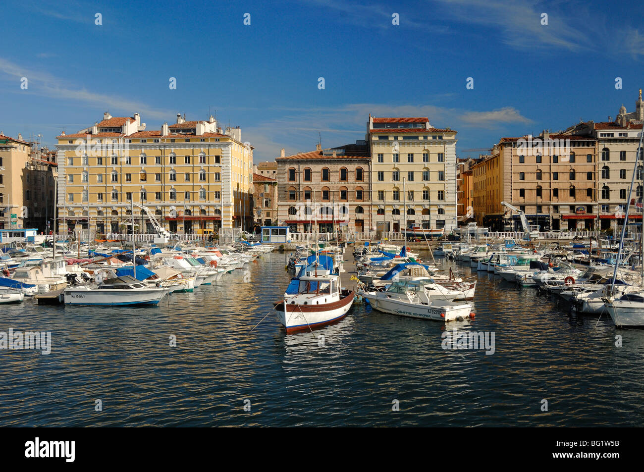 Quay de Rive Neuve Quay, Old Port or 'Vieux Port' with Yachts in Marina, Harbour or Harbor, Marseille or - Stock Image
