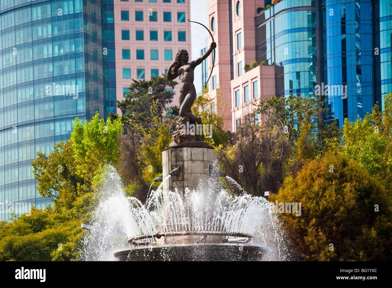 Diana Fountain Roundabout on Paseo de La Reforma in Mexico City - Stock Image