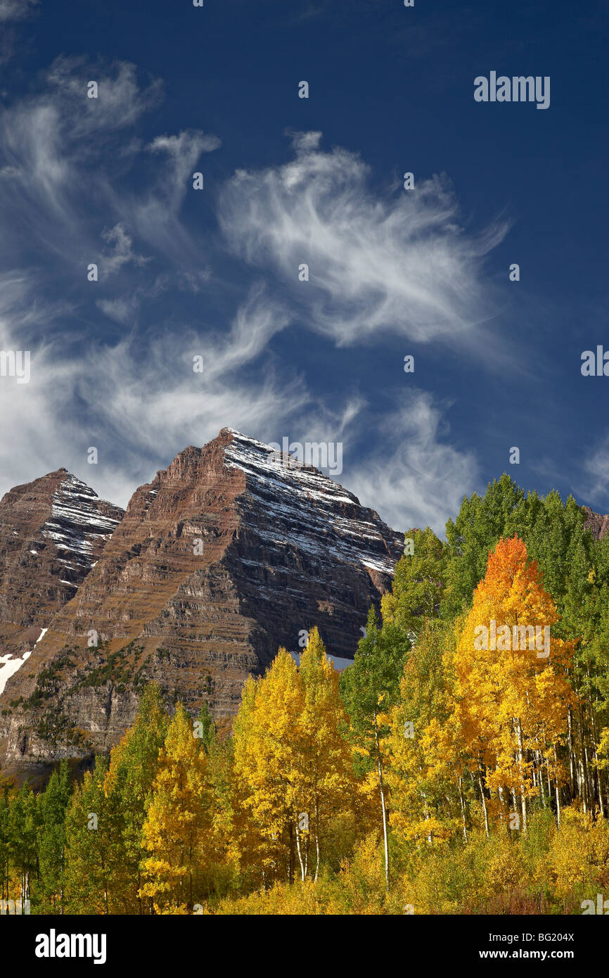 Maroon Bells with fall color, White River National Forest, Colorado, United States of America, North America - Stock Image