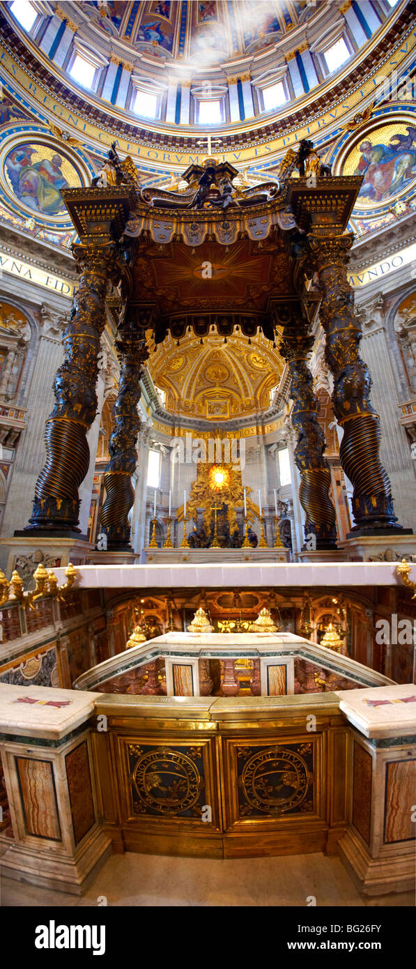 Baroque Canopy ( baldacchino) by Bernini in St Peter's, The Vatican, Rome - Stock Image