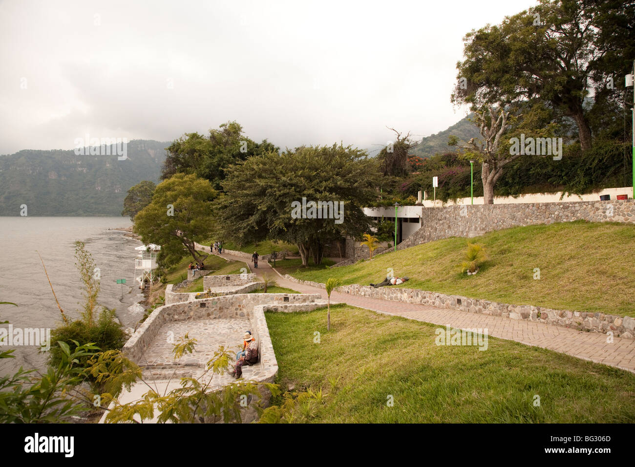 Promenade at the end of Calle Santander Panajachel Lake Atitlan Guatemala. - Stock Image