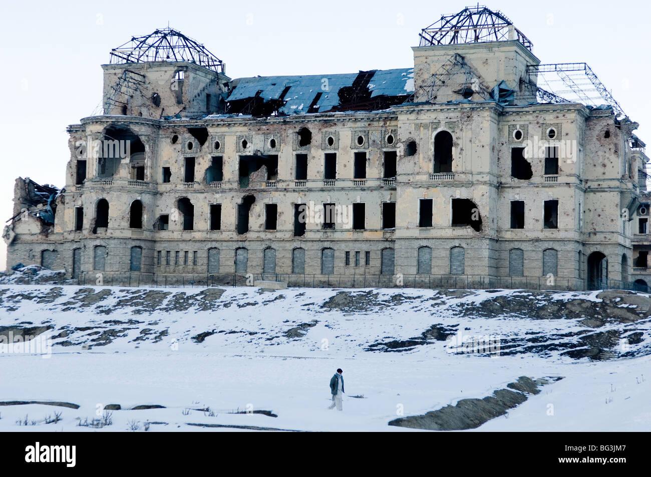 Darul Aman Palace Kabul Afghanistan Stock Photo 27125399 Alamy