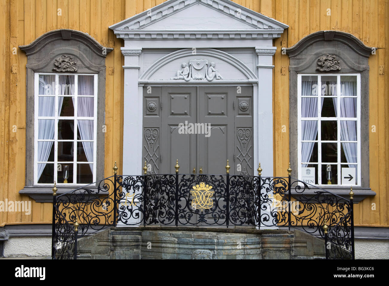 Stiftsgarden (Royal Residence), Trondheim City, Nord-Trondelag Region, Norway, Scandinavia, Europe - Stock Image