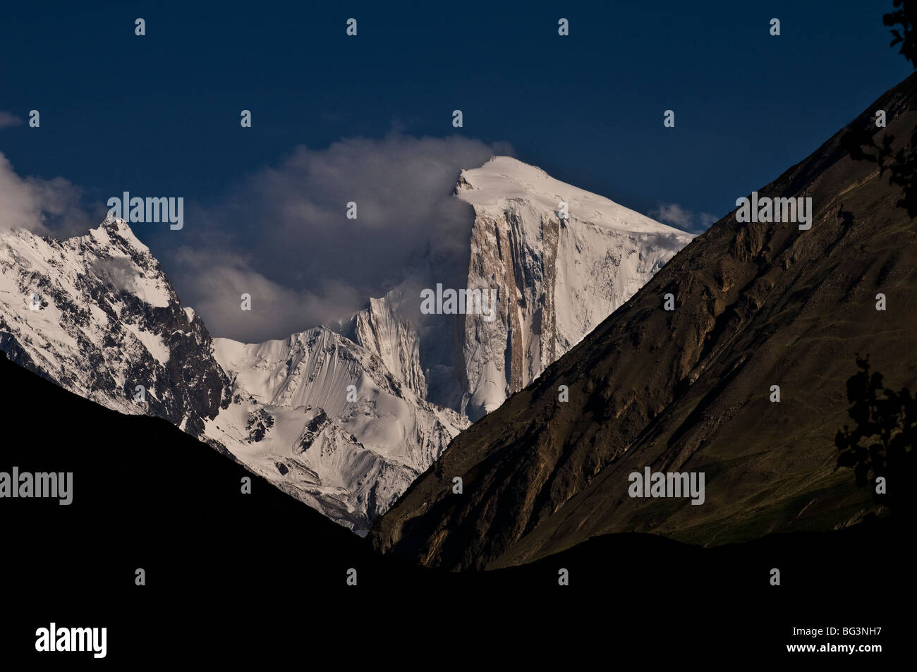 Dramatic mountain scenery as seen in North Pakistan. - Stock Image