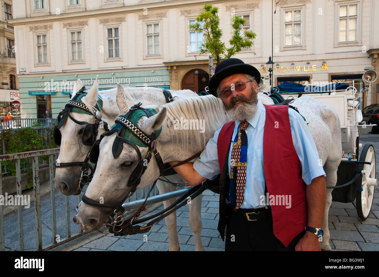 Fiaker, Kutscher, Wien, Österreich | Fiaker (horse carriage), coachman, Vienna, Austria  Stock Photo