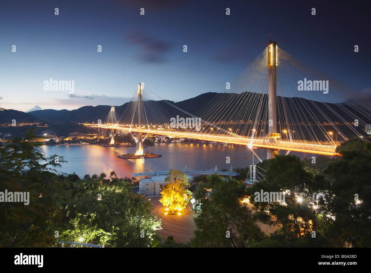 Kap Shui Mun bridge at dusk, Tsing Yi, Hong Kong, China, Asia - Stock Image