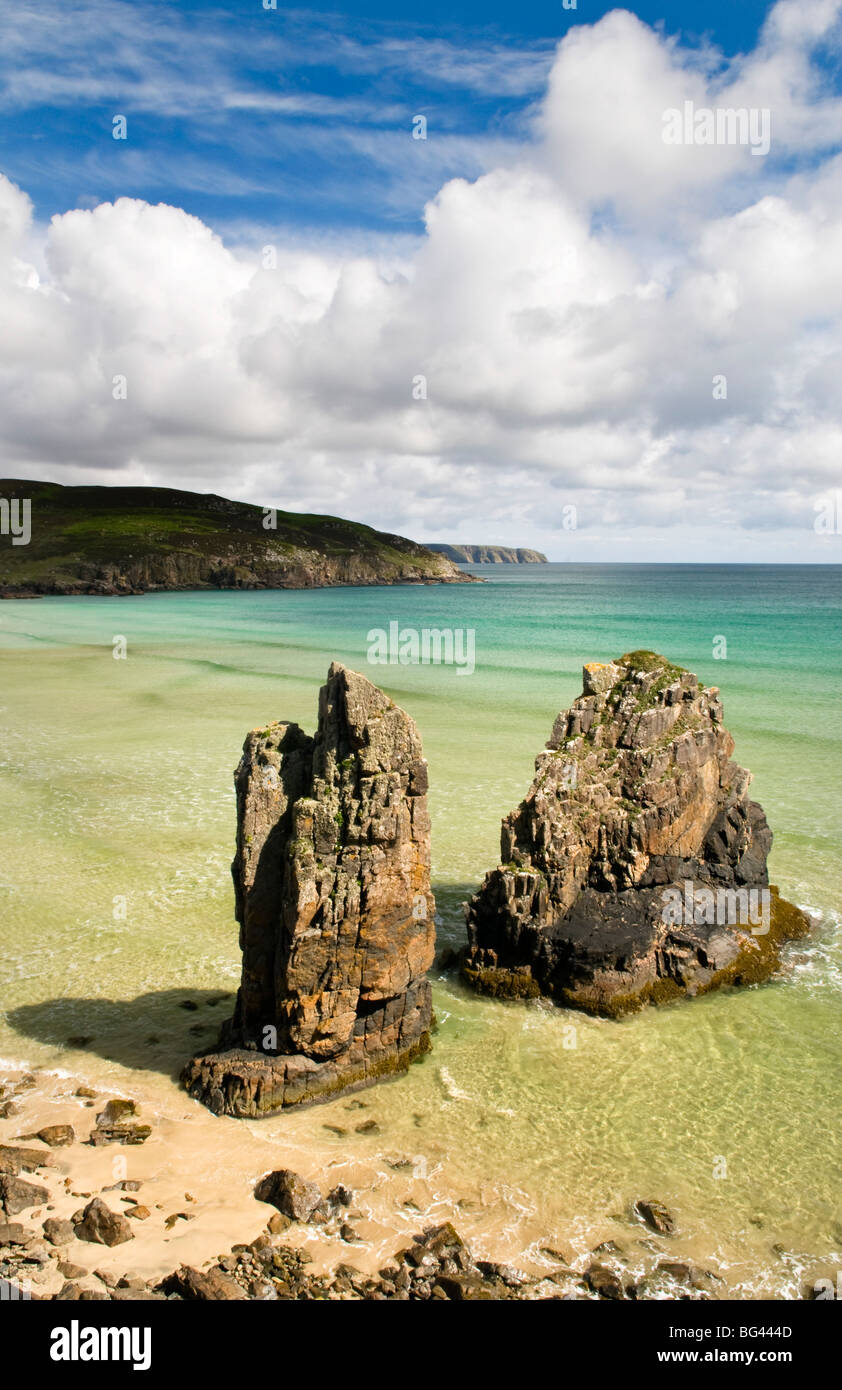 Sea stacks on Garry beach, Isle of Lewis, Hebrides, Scotland, UK - Stock Image