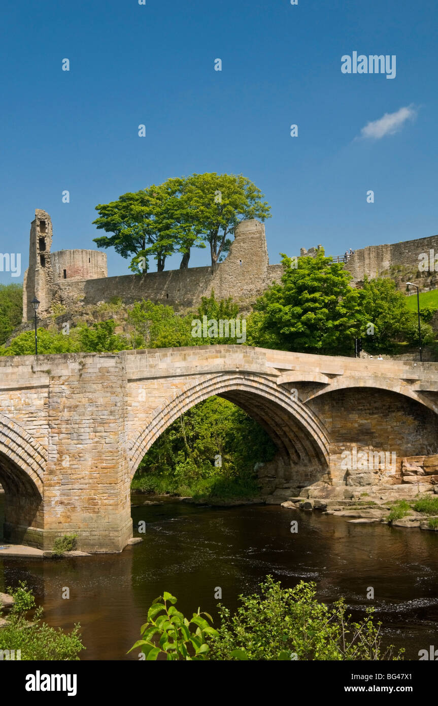 Bridge over the River Tees at Barnard Castle, Yorkshire, England, United Kingdom, Europe - Stock Image