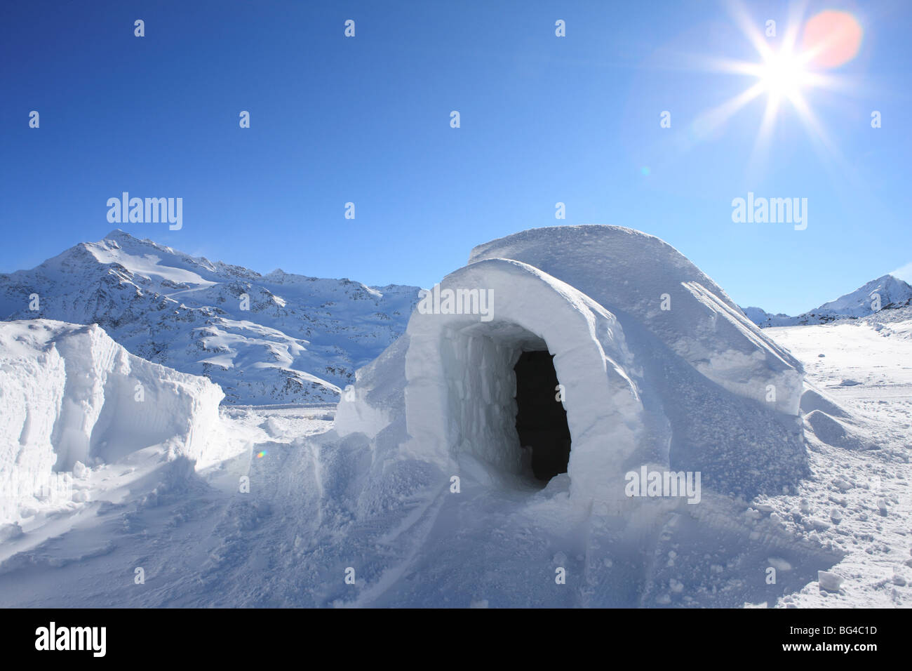 Igloo, Alps, Italy, Europe - Stock Image