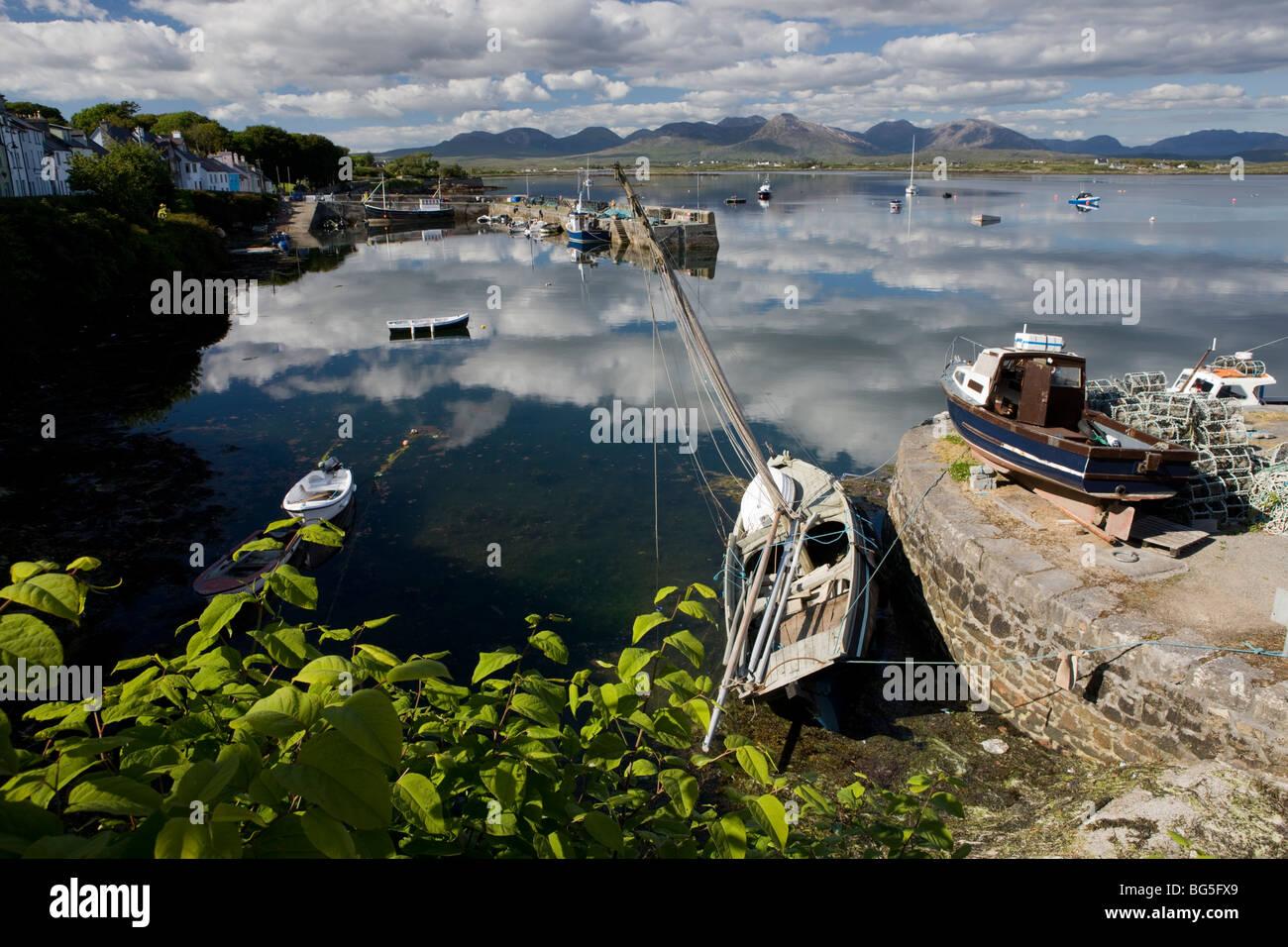 Roundstone harbour, Connemara, West coast of Ireland Stock Photo