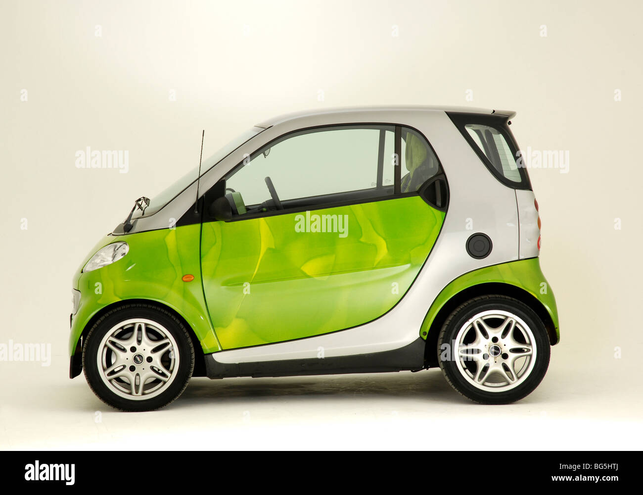 2001 Smart car mk1 - Stock Image