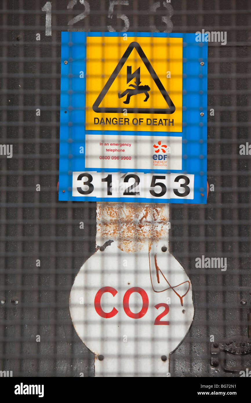 It seems appropriate that a danger of death sign is linked to a CO2 - Stock Image