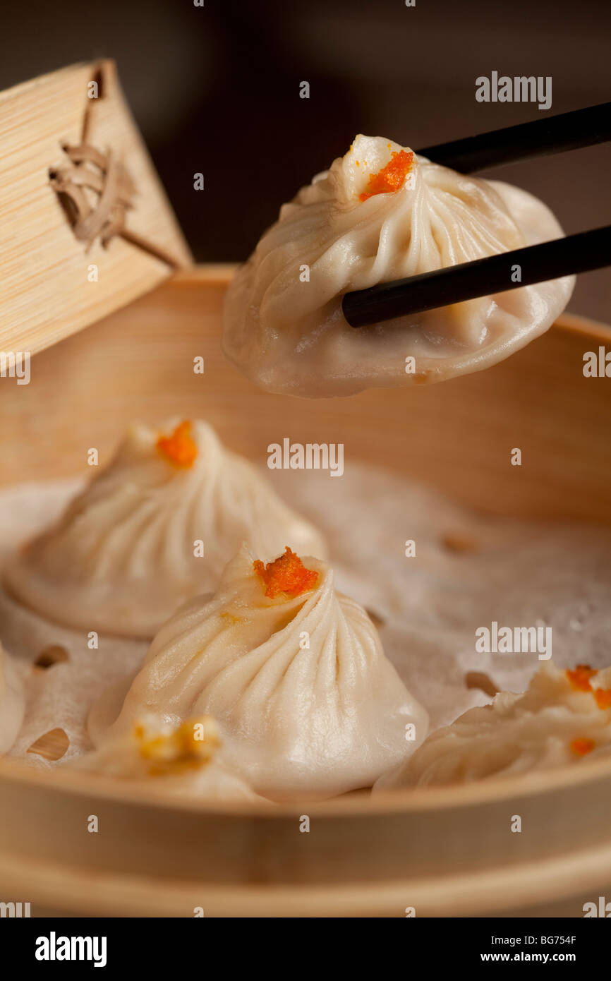 Streamed crab meat buns served at Shen Garden restaurant at the Grand Canal Shops, Venetian Macau, Cotai, Macau - Stock Image