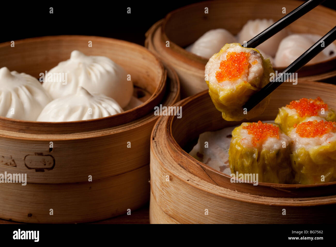 Dim sum dumplings served at Lung Chinese Fusion restaurant at the Grand Canal Shops, Venetian Macau, Cotai, Macau - Stock Image
