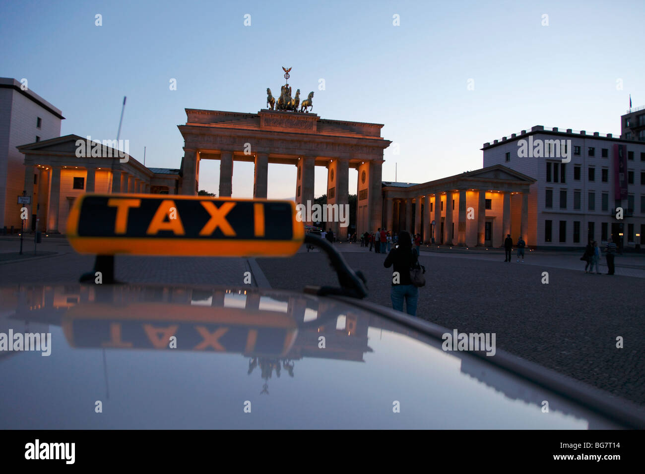 7788220855 Gate Taxi Stock Photos   Gate Taxi Stock Images - Alamy