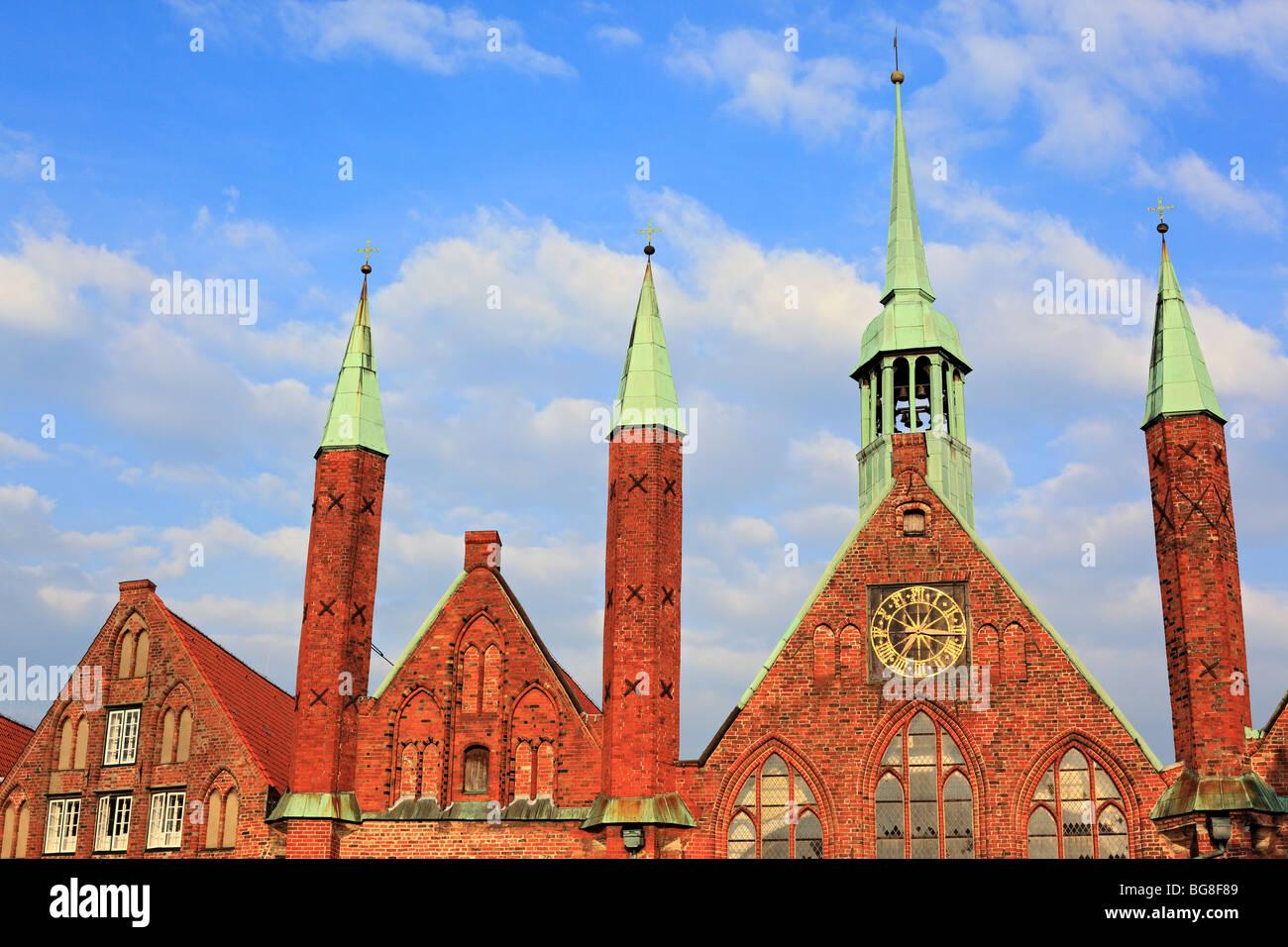 Hospital of the Holy Spirit (1260), Lubeck, Schleswig-Holstein, Germany - Stock Image