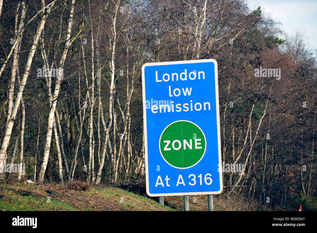 London Low Emission Zone Sighn on M3 UK - Stock Image