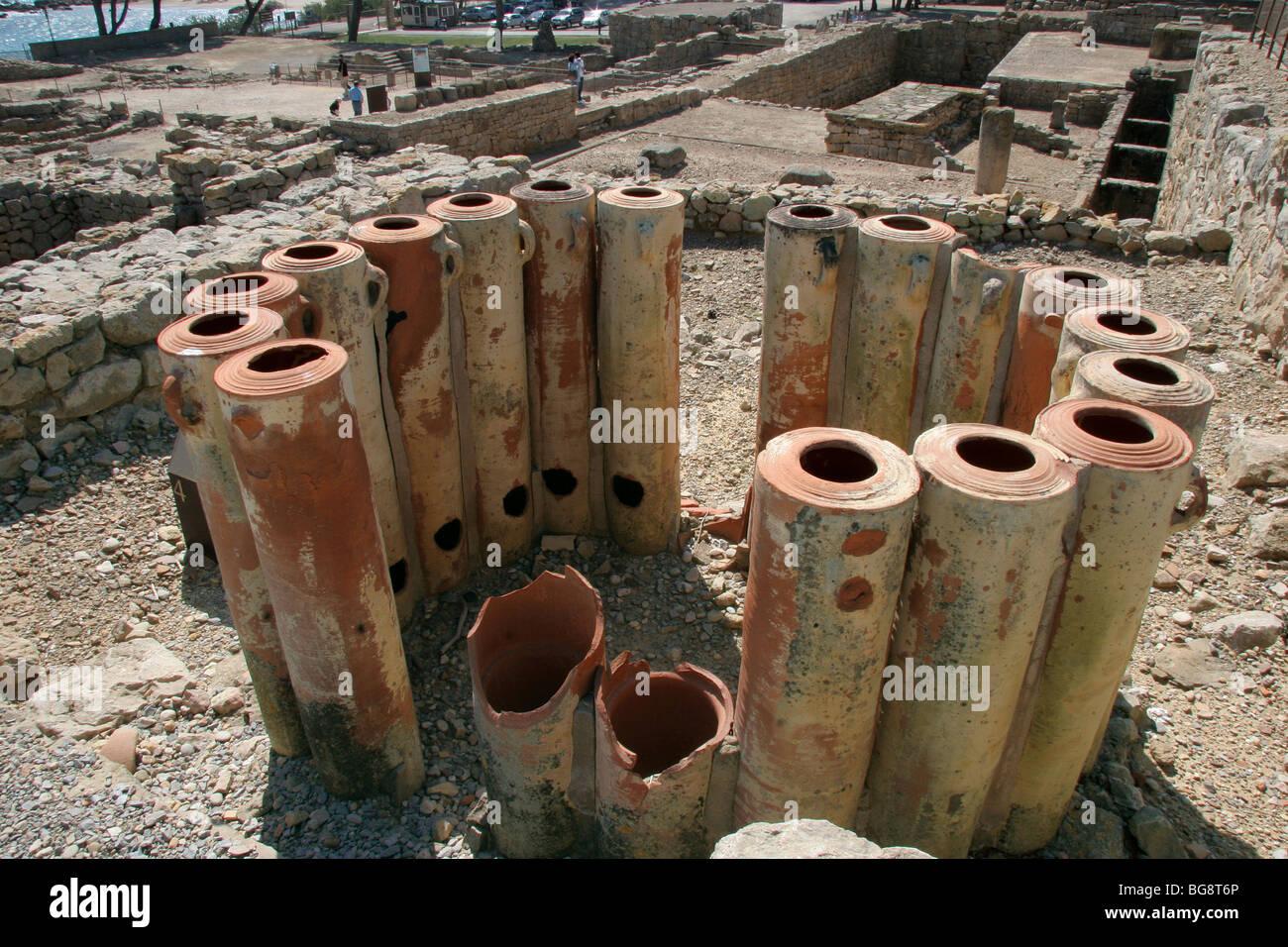 Roman Art. Emporiare (Ampurias). Amphoras. Water filters. Girona province. Catalonia. Spain. Europe. - Stock Image