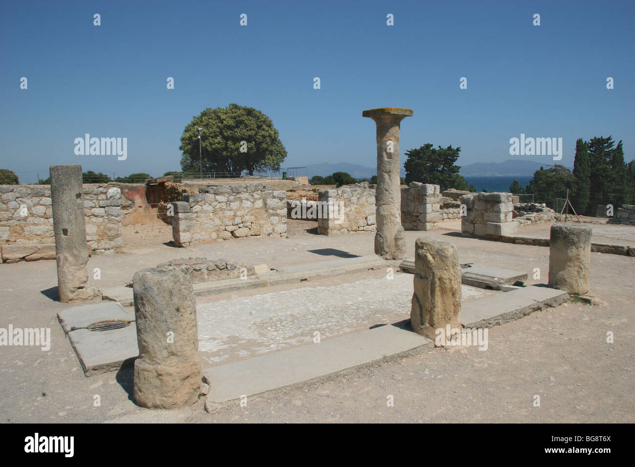 Roman Art. Emporiare (Ampurias). Roman city. House of the peristyle (Second century AD). Girona province. Catalonia. - Stock Image