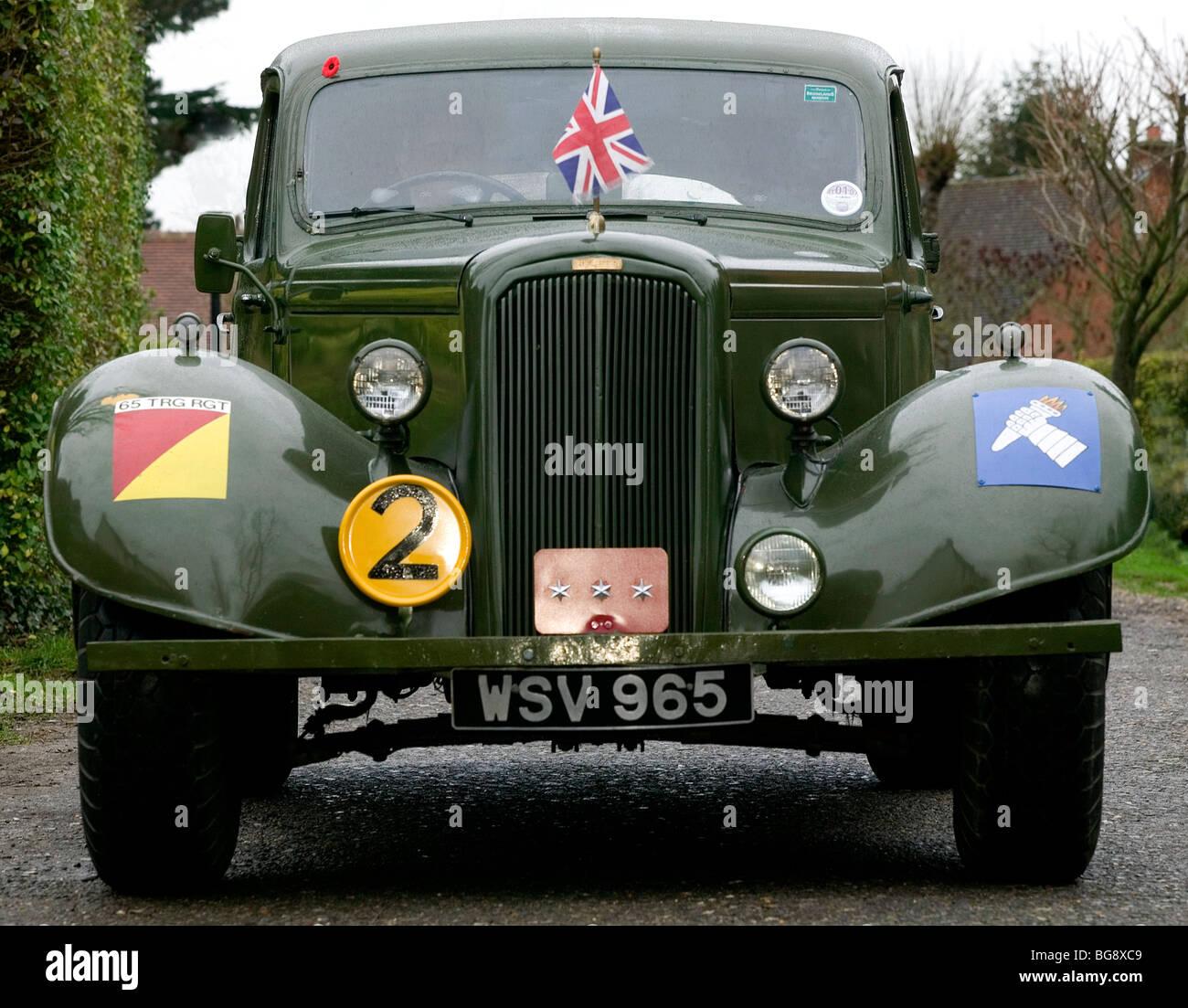 ww 2 british army humber staff car stock photo 27241209 alamy. Black Bedroom Furniture Sets. Home Design Ideas
